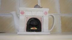 teapots 006